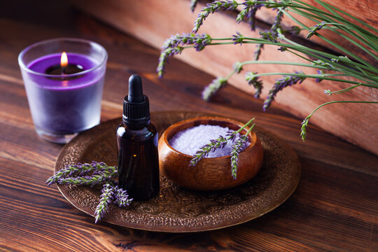 Using Essential Oils for Pregnancy, Birth and Postnatally